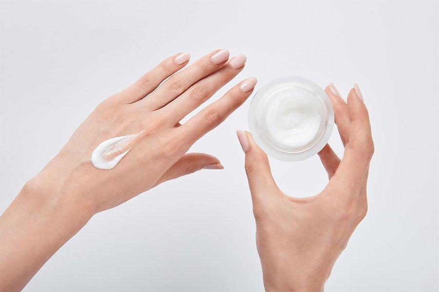 Procesy przenikania przez skórę